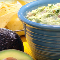 Creamiest Ever Easy Guacamole Dip