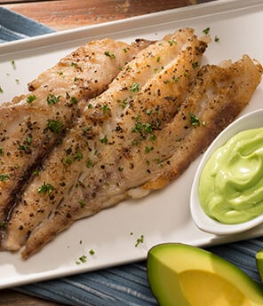 Red Snapper Grilled with Dressing of Yogurt and Avocado